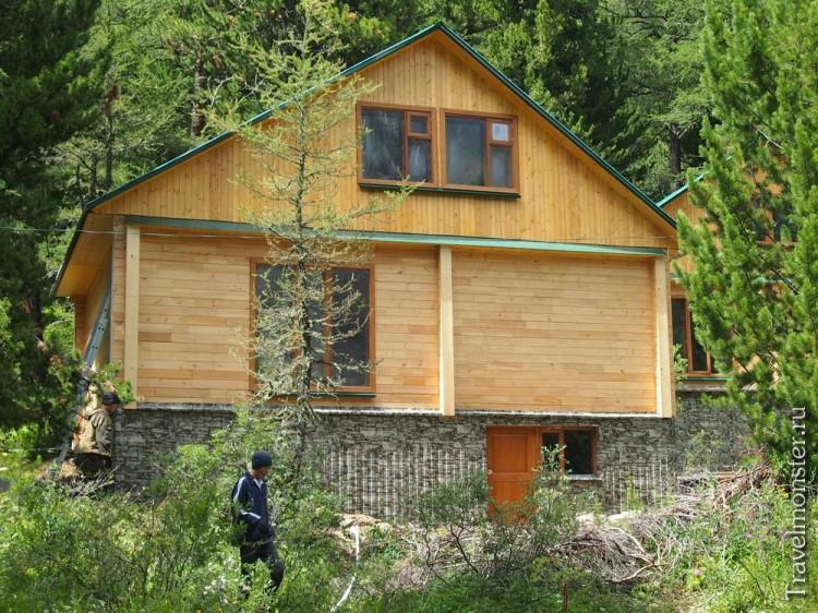 А скоро туристы будут жить в новых, свежепостроенных домах