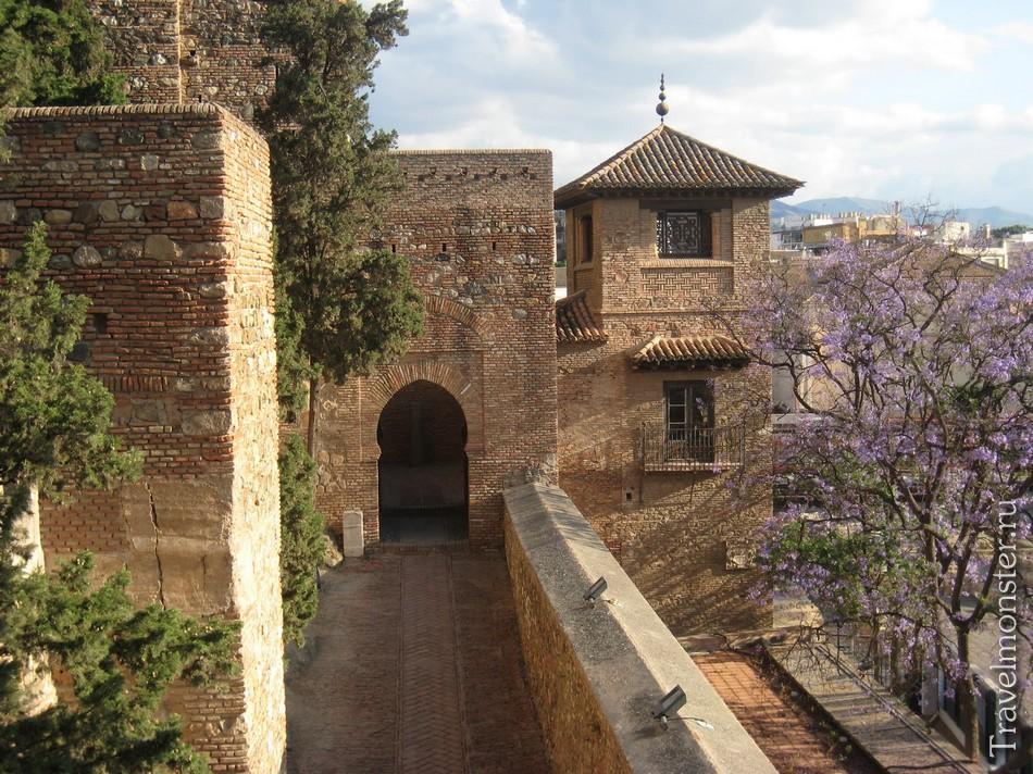 замок Алькасаба