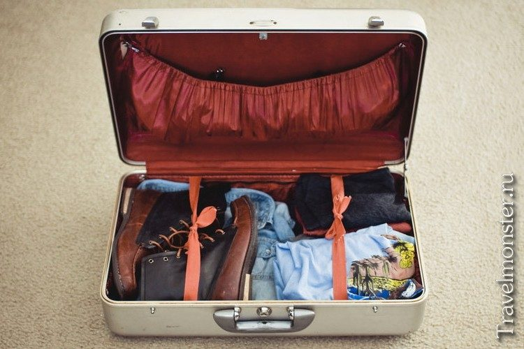 Собираем чемодан девушке в путешествие
