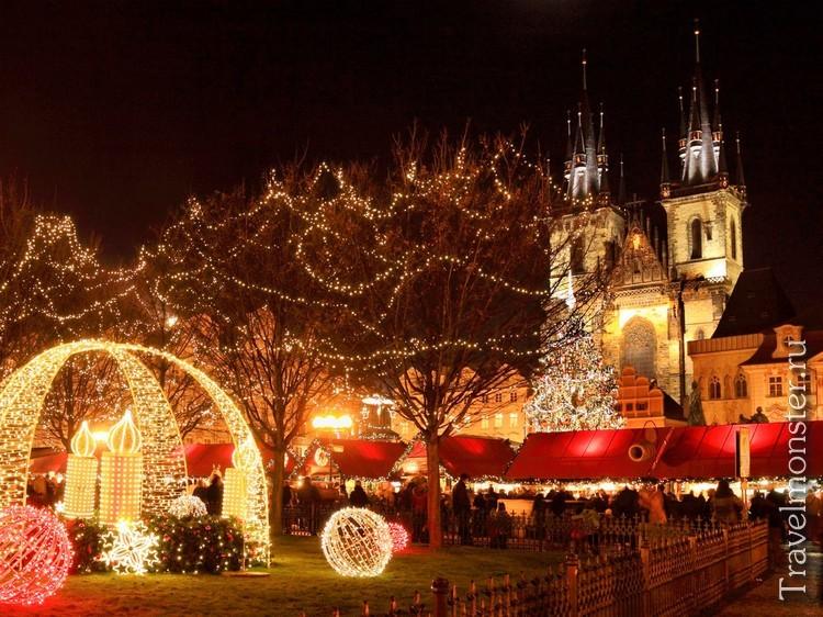 Праздничные огни рождественской Праги