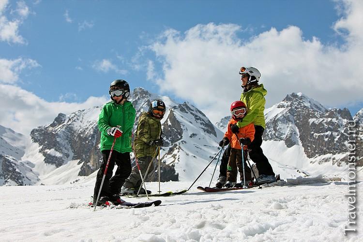 Горные лыжи в Альпах с детьми