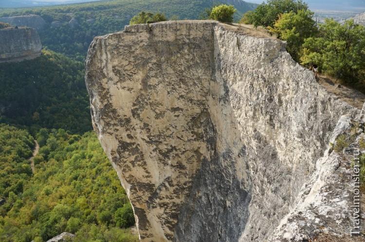 Ну где еще найдешь такие великолепные скалы?