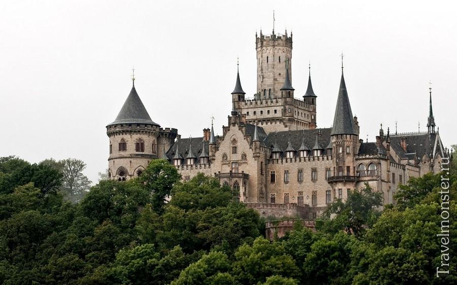 Замок Мариенбург (Schloss Marienburg)
