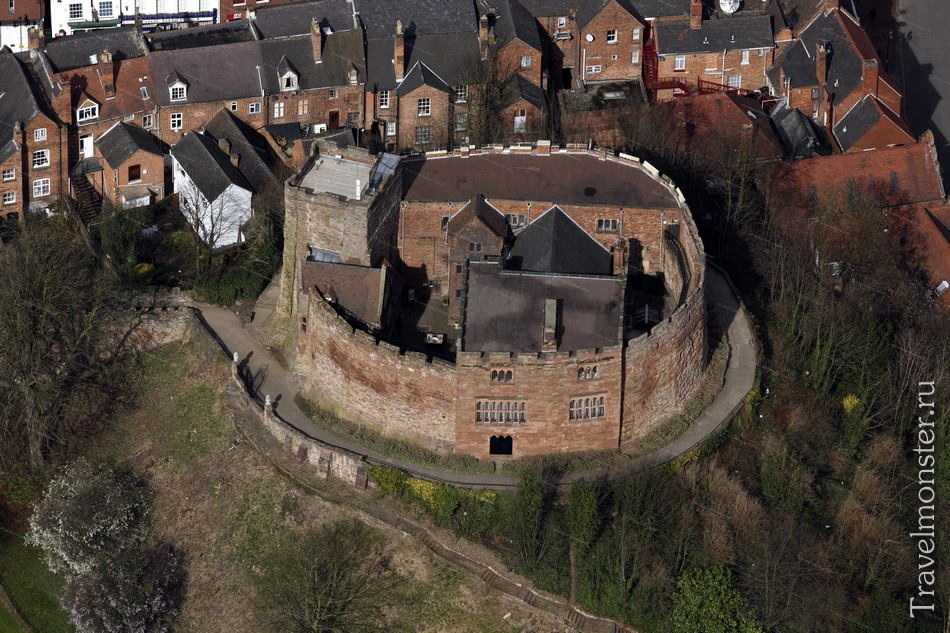 Замок Тамворт