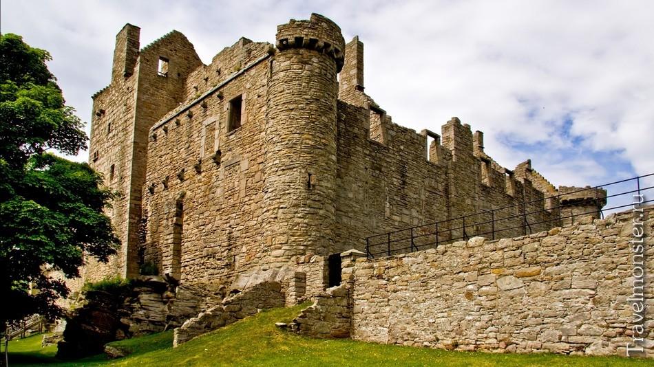 Замок Крейгмиллар