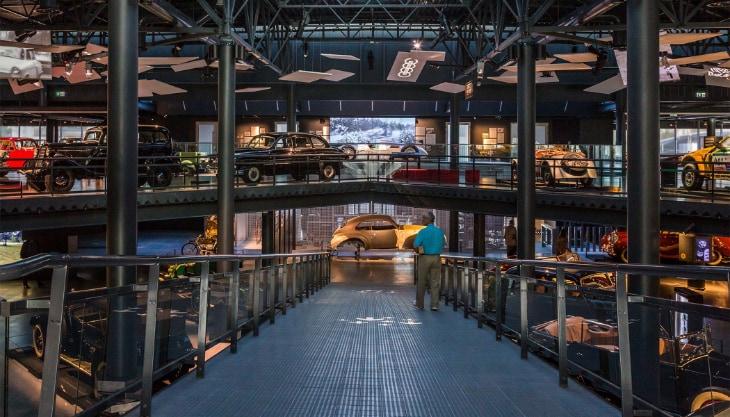 Музей ретро автомобилей Рига