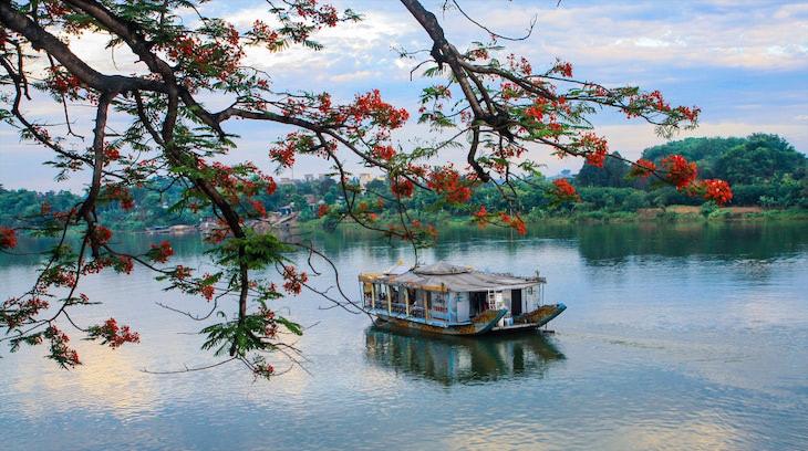 ароматная река